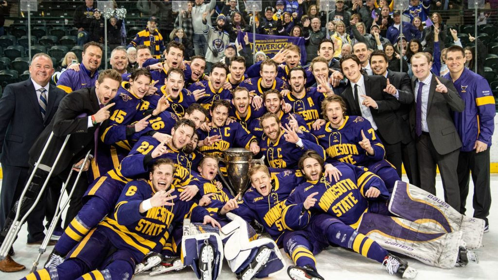 Monday 10: Crazy Hockey East standings, teams clinch regular-season titles, Vermont gets into win column, Bemidji State rising