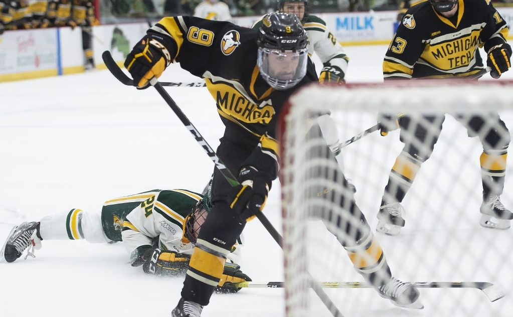 This Week in WCHA Hockey: Michigan Tech's Parrottino heating up at right time, ready for spotlight with WCHA playoffs in full swing